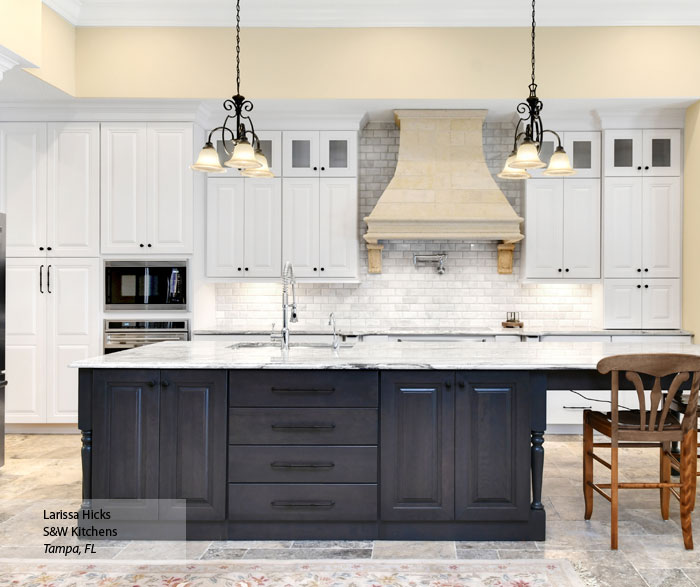 Traditional Off White Kitchen Cabinets: Pearl Off White Cabinet Paint On Maple