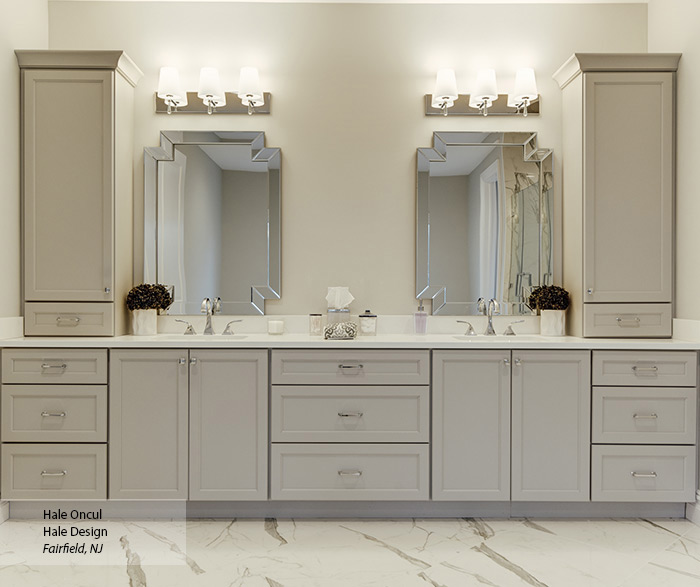 casual_maple_painted_bathroom_cabinets