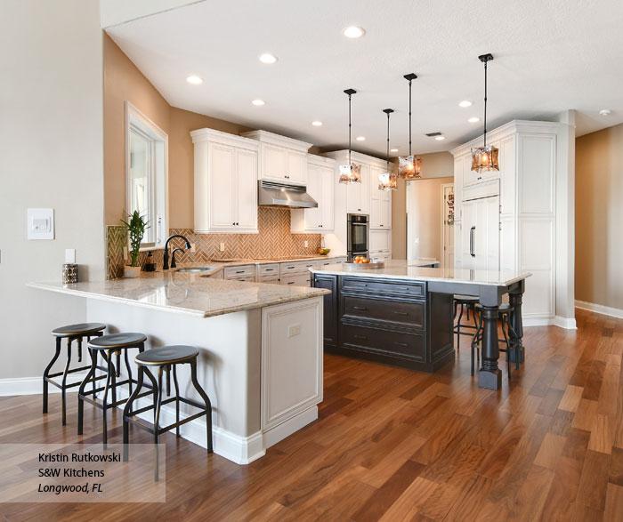 Anson white glazed kitchen cabinets in Pearl with Amaretto Glaze